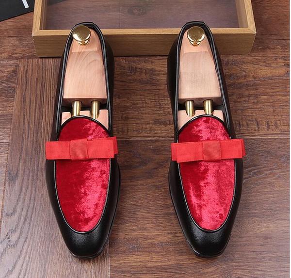 Nouveau style Véritable En Cuir Verni Hommes Robe De Mariée Chaussures avec Noeud Papillon Banquet Formelle Hommes Mocassins Appartements Réception Parti Chaussures