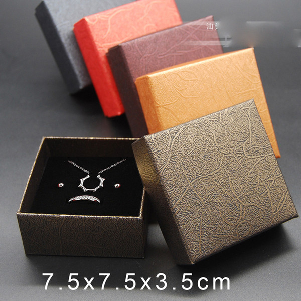 top popular Wholesale Jewelry Box Cases Necklace Ring Earring Christmas Gift Boxes Packaging Display for Jewellery Fixed Mixed Color Free Shipping 2021