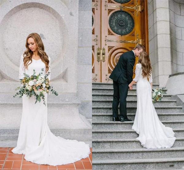 Vintage 2017 Modest Wedding Dresses Simple Jewel Neck Lace Appliques ...