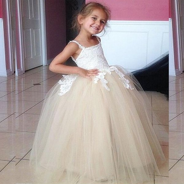 Cute Flowergirl Dresses 2017 Puffy Tulle Lace Appliques Vintage Flower Girl Dress for Weddings Custom Made Inexpensive Spagetti Straps