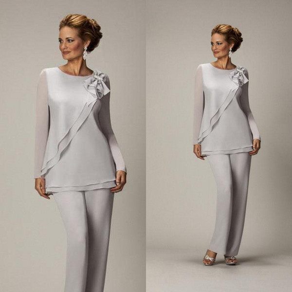 Popular Silver Mother of the Bride Pant Suits Modest Mother's Suit Jewel Neck Long Sleeves Ruffled Bow Custom Made High Quality