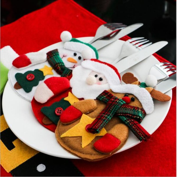 12PCS Dinnerware Set Non-woven Chirstmas Knife Forks Cutlery Bag Table Xmas Decoration Cutlery Set Santa Tableware Cover