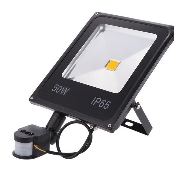 PIR Motion Sensor Automatic Switch on LED Floodlight 10W 20W 30W 50W Outdoor LED Security Lights Waterproof 85-265V