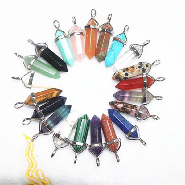 2016 Hot Sale Gemstone Pedra Natural Pedra De Cristal De Quartzo Ponto de Cura Chakra Pingente De Pedra Colar Encantos De Prata cores Misturadas