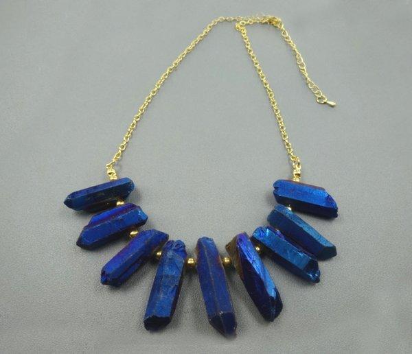 Gold überzogener blauer Kristallquarz-Ketten-Punkt-Anhänger, rohe heilende Edelsteinstein-Spikes oben gebohrte Briolettes, Frauen-Halsketten-Schmuckherstellung