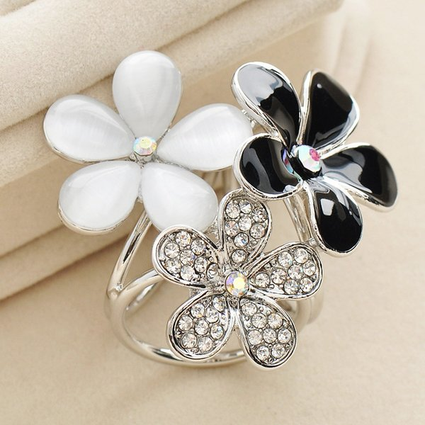 Hot Sales Exclusive design wholesale gold-plated cheap rhinestone opal brooch bouquet flower brooch dual purpose scarf clip for women DHH010