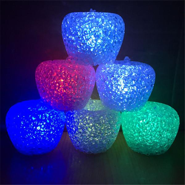 Noel hediyeler satan üreticiler kristal elma gece renkli Nightlight LED oyuncaklar