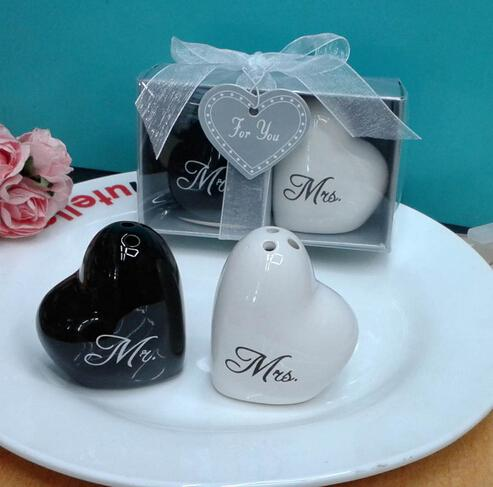 120sets 240pcs Mr. and Mrs. heart shaped Ceramic Salt Pepper Shakers + Wedding bridal shower Favors gifts Free shipping