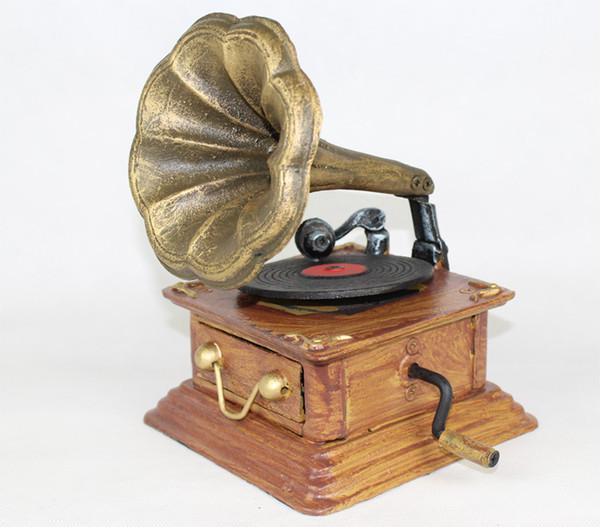 2019 Cast Iron Phonograph Model Heavy Metal Antique Replica Gramophone Retro Home Bar Pub Club Decor Crafts Table Ornaments Metal Craft Vintage From
