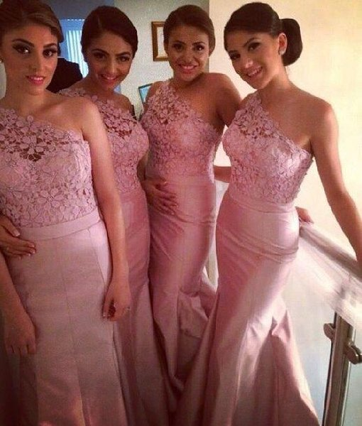 Free Shipping Long Bridesmaid Dresses New Arrival Blush Pink Peach One-Shoulder Lace Maid of Honor Dress Wedding Party Gown