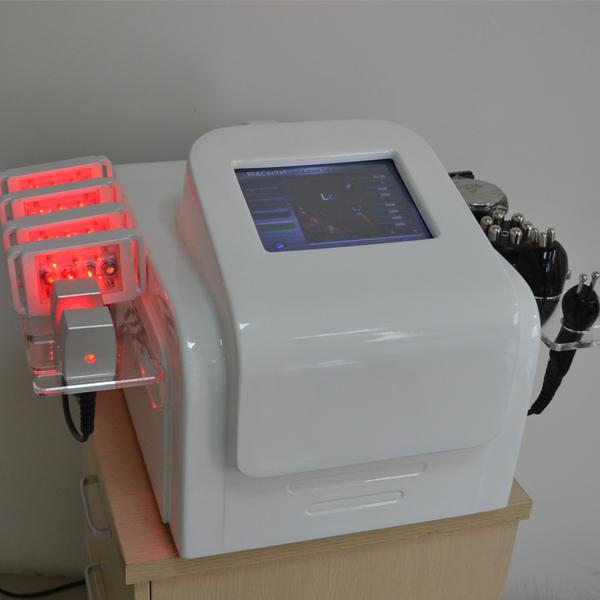 650nm Lipolaser Cavitation RF que adelgaza la máquina 40Khz Liposuction ultrasónico bipolar RF tripolar Multipolar Radio Frequency Lipolaser Machine