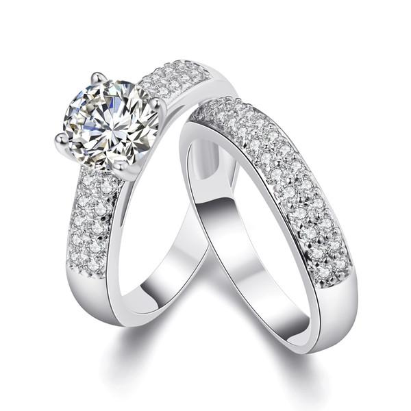 Tondo Brilliant Cubic Zirconia 18KGP Oro / Bianco placcato oro Wedding Anello di fidanzamento Band Set Taglie dalla 5 alla 9