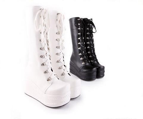Hot vendeur Mode cos tendance nouveau Printemps Automne bretelles croisées Martin bottes bottes hautes femmes imperméables bottes à fond épais