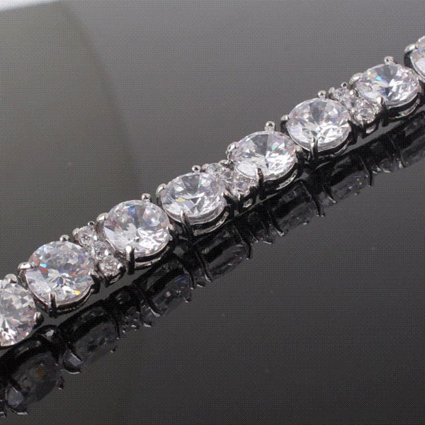 Pretty charm bangle 18k white gold plated bracelets lady honorable white topaz bracelet wholesale and retail free shipping L112b
