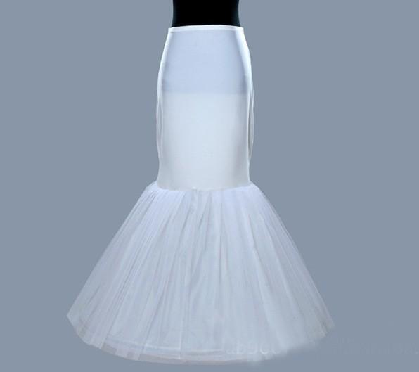 Toda la venta en stock Plus tamaño uno / 1 aro enagua crinolina Slip para sirena vestidos de novia falda mujeres