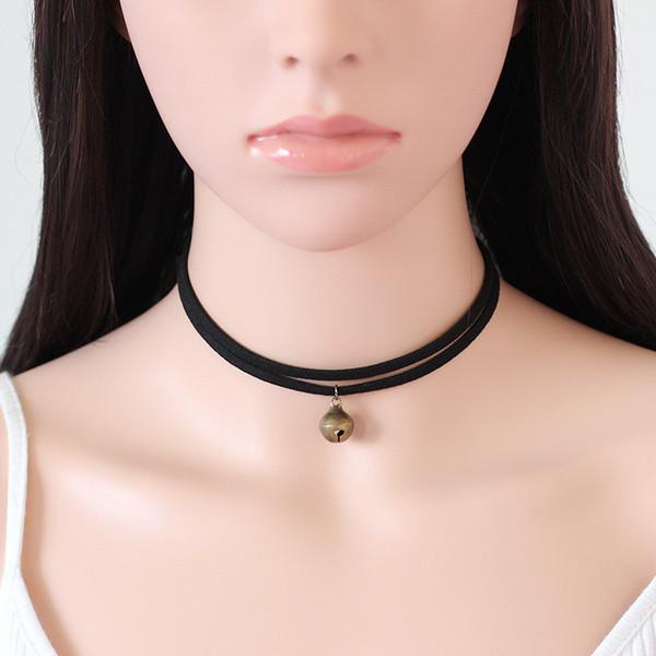 collier ras de cou avec clochette