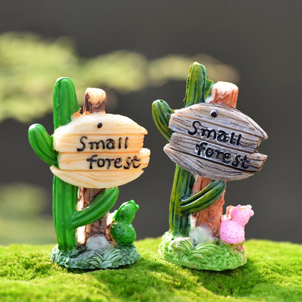 2pcs Cactus Signpost Statues Resin Crafts Small Forest Fairy Garden Miniatures Bonsai Tools terrarium Zakka Gnomes Home Decor Accessories