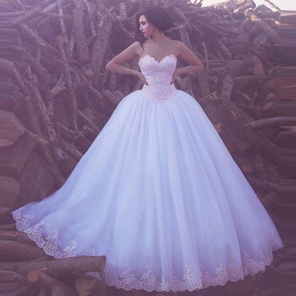 2017 New Elegante Sweetheart Appliques Tulle Ball Gown Abiti Da Sposa Arabo Sweep Treno Pizzo Abiti Da Sposa Da Sposa Custom Made