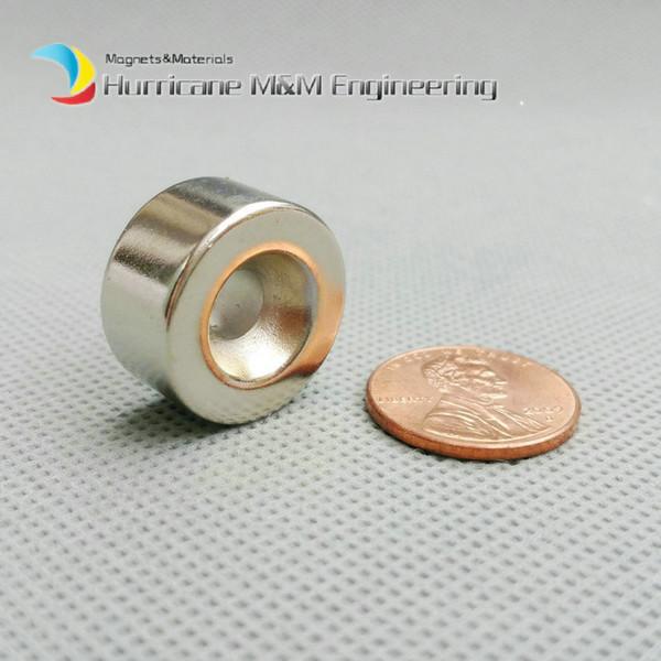 200pcs Diametro foro con foro svasato Diametro 20x10 (+/- 0,1) mm Spessore M5 Vite svasata Foro al neodimio Magnete permanente per terre rare