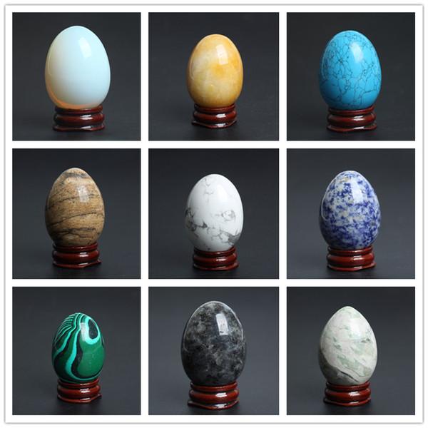 TRASPORTO LIBERO all'ingrosso nuovo cristallo naturale uovo intagliato quarzo pietra preziosa uova Chakra Healing Reiki Artigianato decorazione di pietra LIBERO STAND DI LEGNO