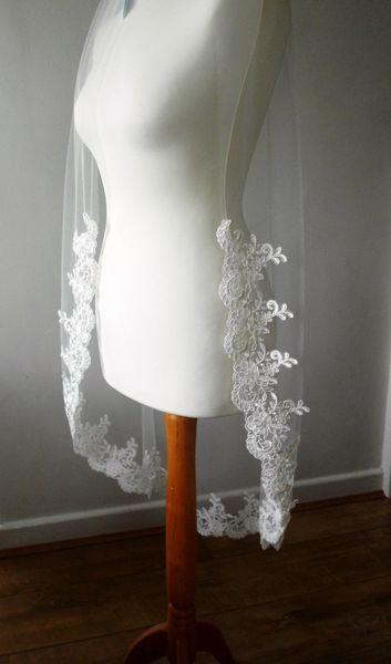 New High Quality Cheap Best Sale Fingertip Length Accessories White Ivory Lace Applique veil Mantilla Bridal Head Pieces For Wedding Dresses