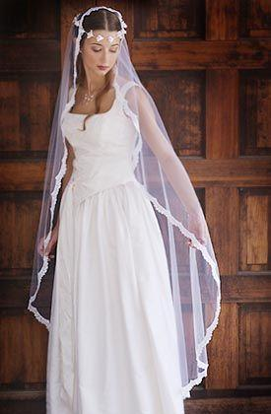 2016 High Quality Romantic Amazing Sexy Waltz Lace Edge veil Bridal Head Pieces For Wedding Dresses