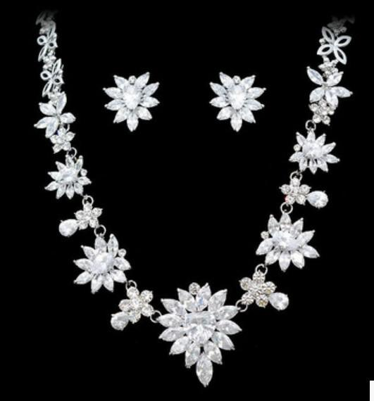 wonderful diamond crystal flower wedding set necklace earings dgdg