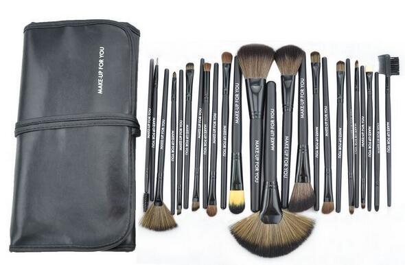 24pcs Brand Makeup Brushes Tools Professional Cosmetics Kits Eyeshadow Foundation Powder Brush Sets MAKE UP FOR YOU Cheap Price