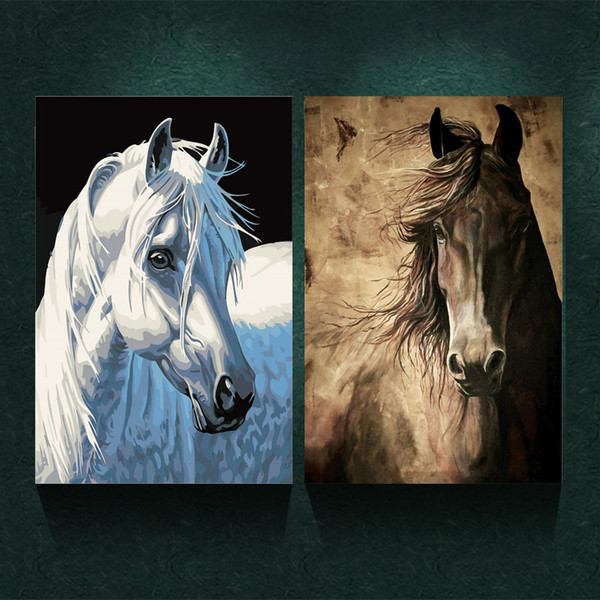 2 Pcs Xmas Gift Wall Art Pictures For Living Room Decoration Modern Canvas Paintings White & Black Horse Animal Oil Painting Printed No Fram