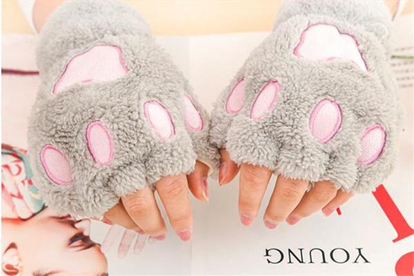160pcs Donna Inverno Fluffy Bear / Cat Plush Paw / Claw Glove-Novità morbida spugna da donna mezza coperta senza dita ama il regalo di Natale R050