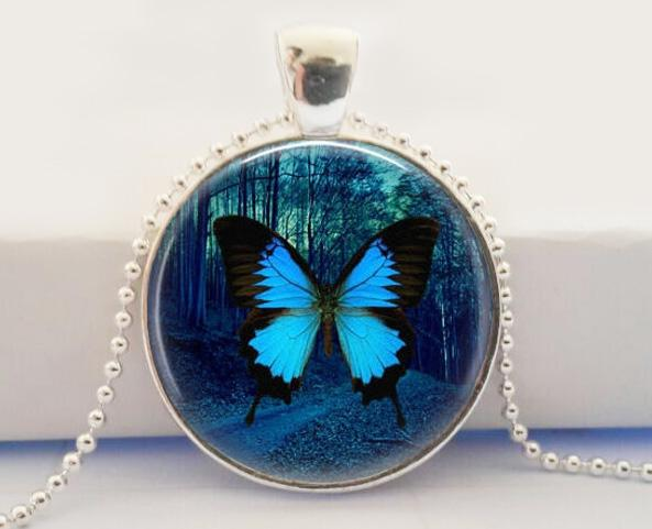 whole product necklace butterfly menelaus il blue zoom morpho real nipu day