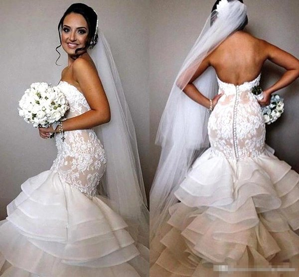Custom Made Vintage Lace Mermaid Wedding Dresses Sweetheart Ruffles Train Covered Buttons 2016 Cheap Garden Outdoor Bridal Gowns Free Veil