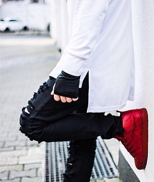 Wholesale-New Europe Fashion Men's Jeans gold zipper  Skinny Pants Streetwear Hiphop Scratched Joggers Swag Elastic Trousers