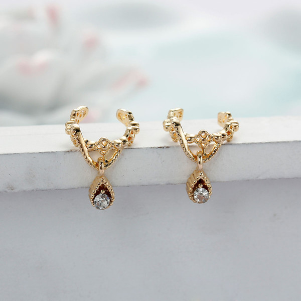 "DoreenBeads New Fashion Ear Cuffs Clip Wrap Earrings Drop Gold color / Silver color Clear Rhinestone 11mm( 3/8"") x 10mm, 1 PC"