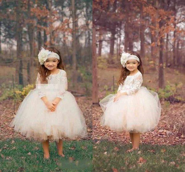 Abito da ballo carino Boho Country Wedding Flower Girl Dresses Illusion Manica lunga Tulle Gonne Lunghezza tè 2016 Abiti da comunione per bambini economici per bambini