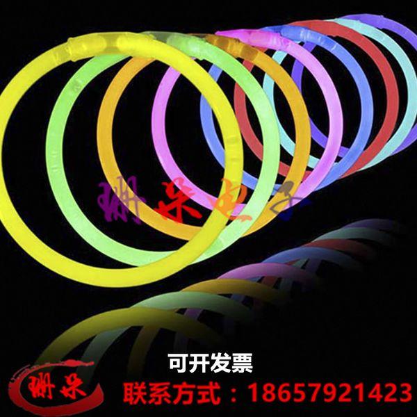 Concert noctilucent glo-sticks envoyer connecteur Chemiluminescence bracelet vente en gros anneaux jouets