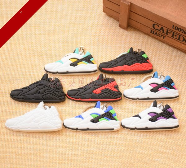 Wholesale sales of soft rubber overshoes mould Keychain high quality fashion free shipping
