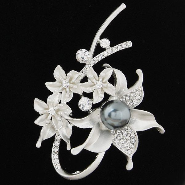 Summer Sale Hot Korean Version Fashion Fine Accessories Jewelry Luxury Pearl Czech Rhinestone Starfish Flowers Charm Brooches Pins For Women
