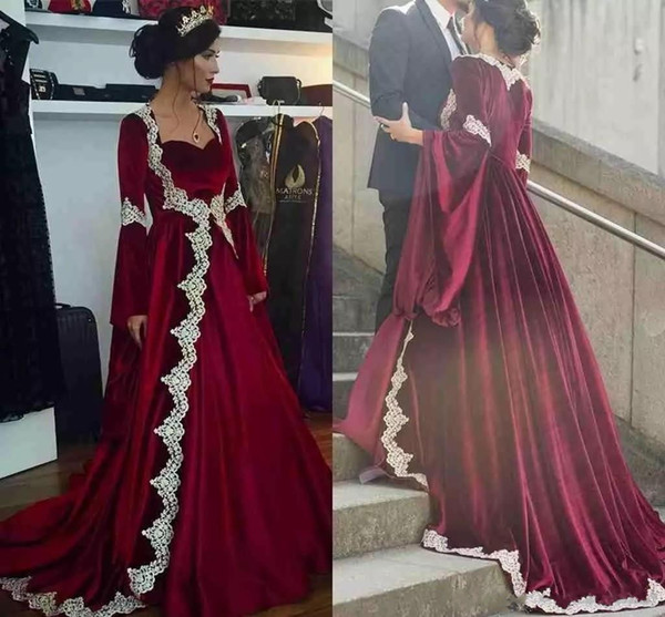 2018 Dark Red Evening Dress With Long Sleeves Middle East Design Saudi Arabic Dubai Prom Dress Lace Appliques A-Line Formal Party Gown