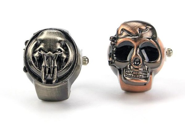 XRNB254-Fashion Skull Ring Watch 30 M Vida Impermeable Cool Steel Steel Reloj de bronce Mix Design Student Watch 100 unids / lote envío gratis
