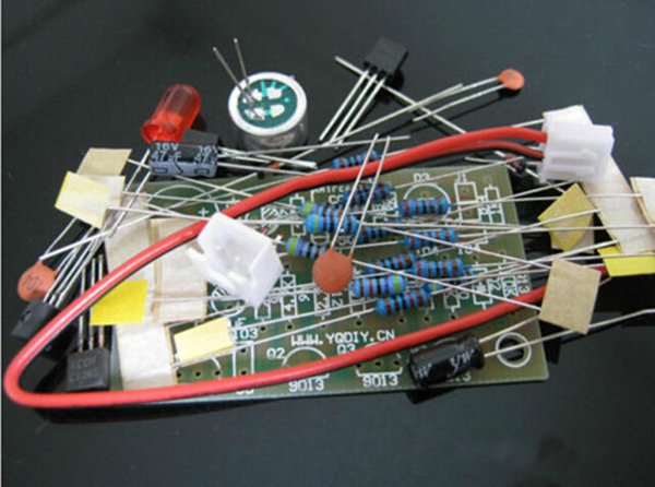 1 piece + 5V Voice control switch suite DIY kits selling electronic circuit with high quality