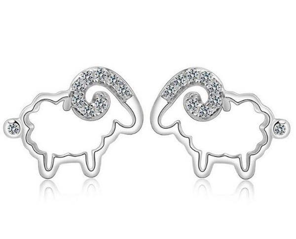 Moda S925 Orecchini in argento sterling a forma di anello di cristallo di pecora Fascino d'oro zodiacale per le donne