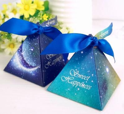 .100 Pcs European style blue starry sky Pearl paper triangle pyramid Wedding box Candy Box gift boxs wedding favour boxes THZ219