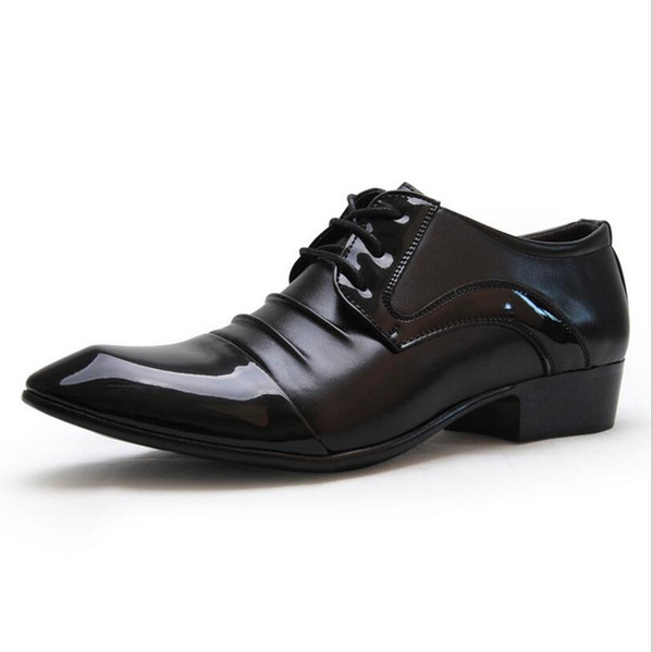 Mens Derby Shoes Patent Leather Lace-Up Business Casual Shoes Pleated Pointed Toe Designer Brand Wedding Dress Shoes Footwear