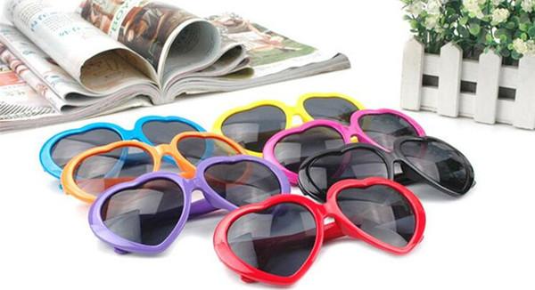 100 adet Kalp gözlük ucuz güneş gözlüğü kalp şeklinde güneş insanlar akını aşk retro boy ayna Sıcak tarzı kadın D653