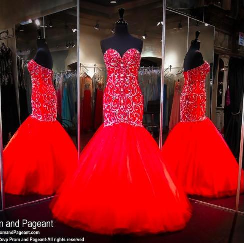 New Elegant Red Major Beading Mermaid Prom Dresses Immagini reali Sweetheart Crystal Strass Backless Long Arab Luxury Evening Gowns