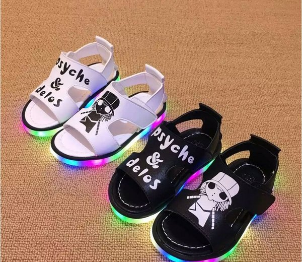 2016 New Fashion Children Summer Sandals Led Shoes Light Shoes Korean Style Baby Boys Girls Cartoon Letters Beach Shoes Size 21-25 3 Colors