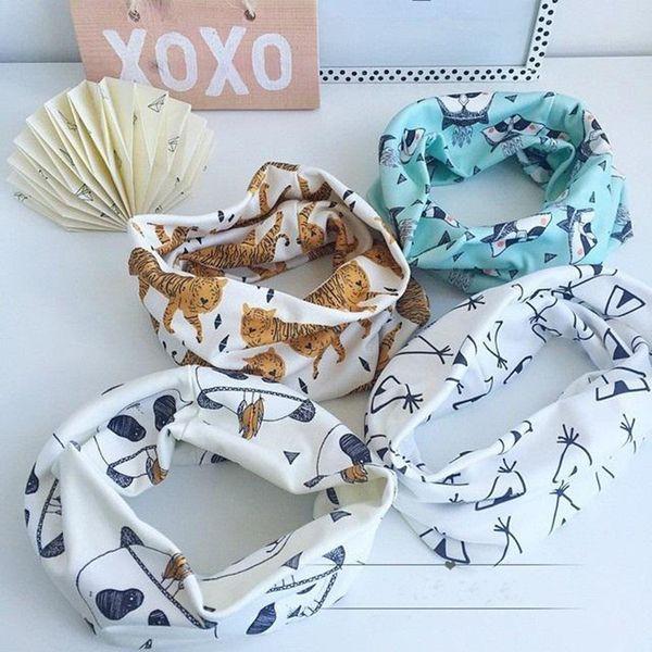 top popular Prettybaby 45*45cm animal printed neck warmer ring wraps baby kids cartoon tiger fox panda cute scarves muffler Pt0491# DHL 2021