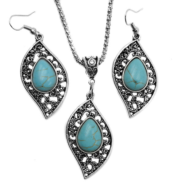 top popular Fashion Turquoise jewelry necklace earrings set Antique Silver leaves Turquoise Pendant necklaces+earring jewelry 2pcs Set for women 2019