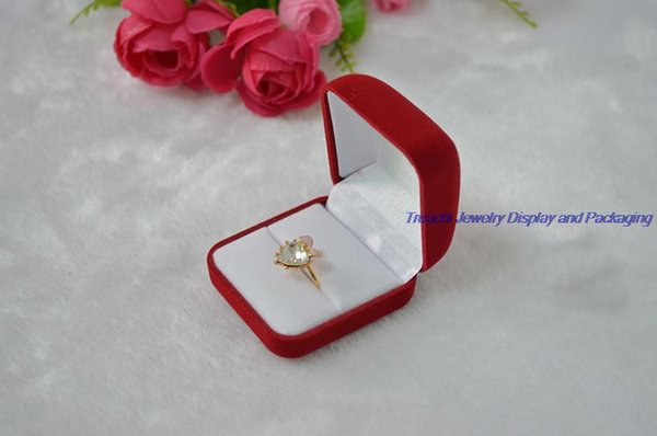 Wholesale Cheaper Red Velvet Jewelry Box Ring Box Gift Box Small